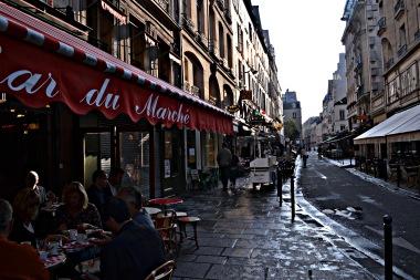 Paryż śniada