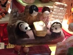 I mój typ: Chiny! (pandy w roli woła i osiołka są przednie!)