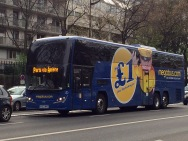 """A to zdaje się brytyjski (""""polski"""") bus."""