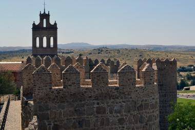 Rozciąga się z nich piękna panorama i na stare miasto i na okolice