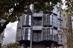 Charakterystyczny wieżowiec Totem z 1970 roku.