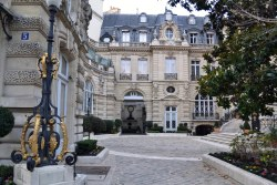 Jeden z najbogatszych pałaców - l'hôtel Menier.