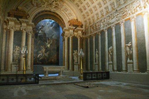 Albo kościół świętej Małgorzaty z iluzjonistyczną kaplicą Brunettiego.