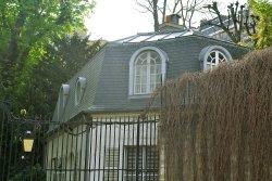 Ambasada Turcji, wcześniej rezydencja księżniczki Lamballe. W 1845 roku wynajmowana przez doktora Esprit Blanche'a. Gościł tu między innymi Charles Gounod i Guy de Maupassant.