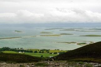 Widok na zachodnie wybrzeże z podnóża Croagh Patrick