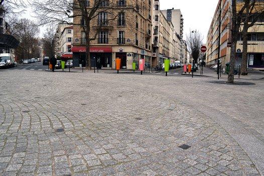 Plac, pozostałość po dawnym rynku osady Austerlitz.
