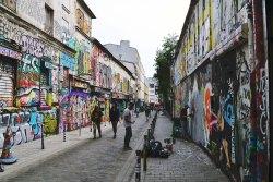 Rue Dénoyez - od lat miejskie centrum grafficiarzy