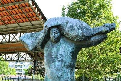 Na terenie dawnej rzeźni powstał park Georges-Brassens.