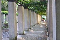 Podcienia w parku Bercy